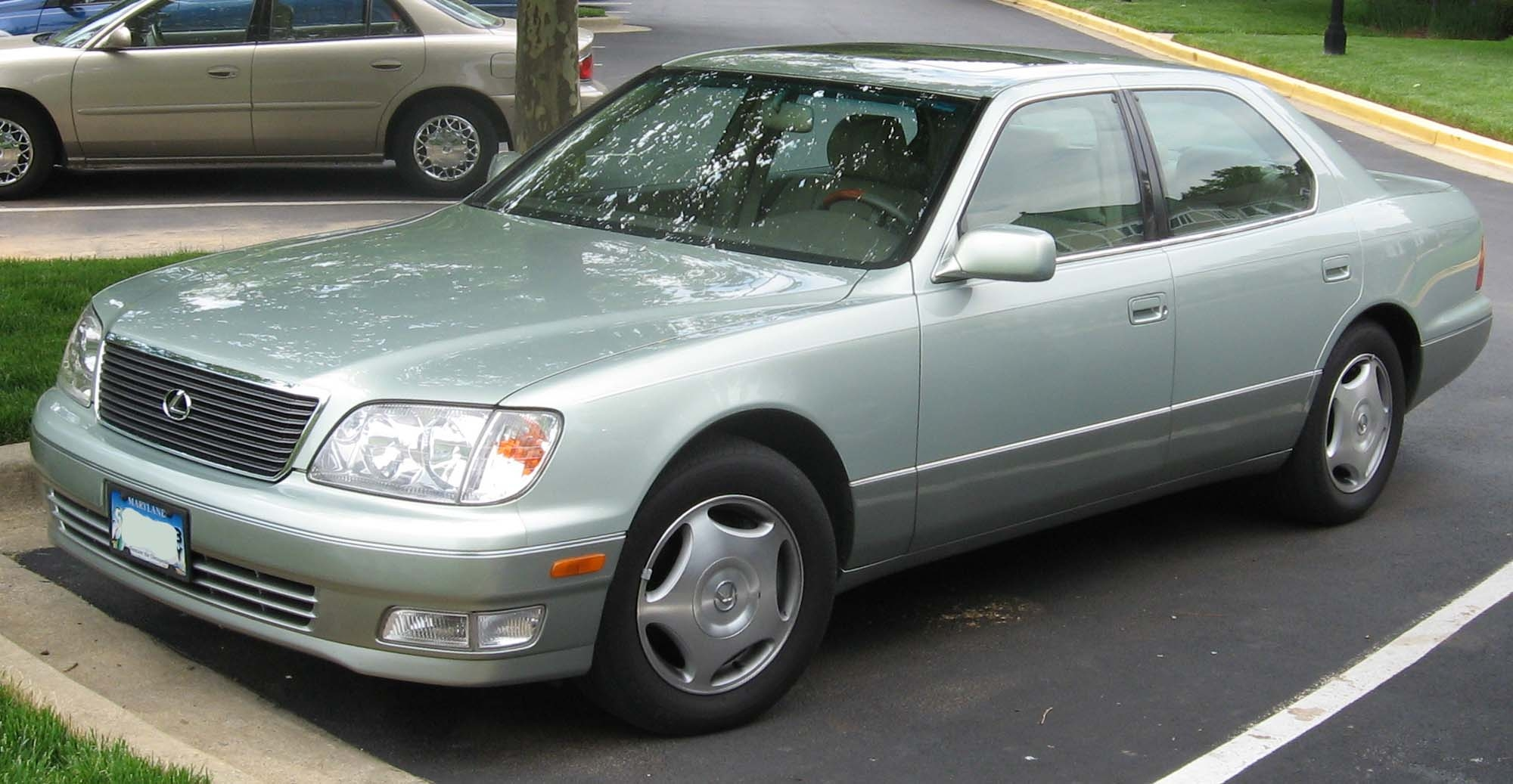 1998-00_Lexus_LS400