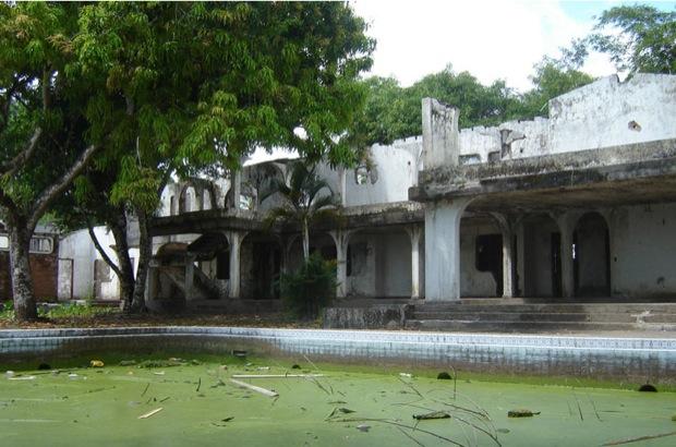 wpid-Hacienda-Napoles_11915a-2011-03-17-21-53.jpg