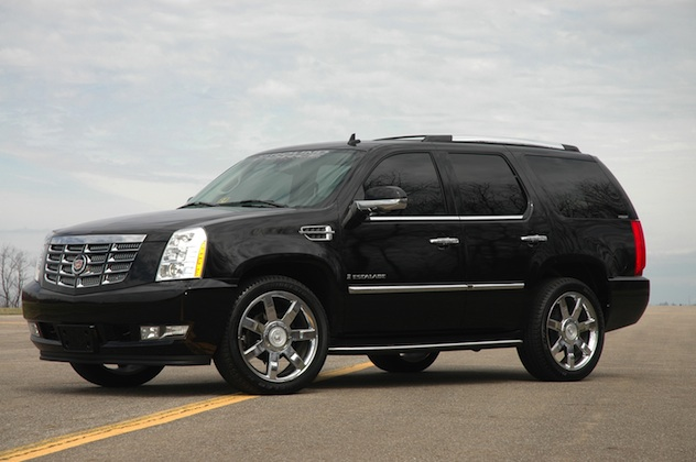 reviewed and compared 2007 cadillac escalade lincoln navigator car and truck reviews. Black Bedroom Furniture Sets. Home Design Ideas