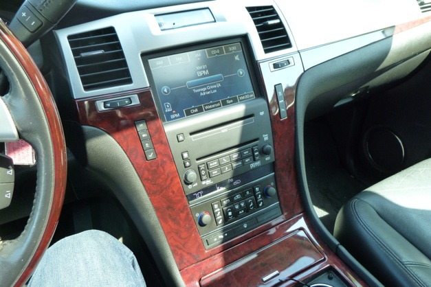 Reviewed And Compared 2007 Cadillac Escalade Lincoln