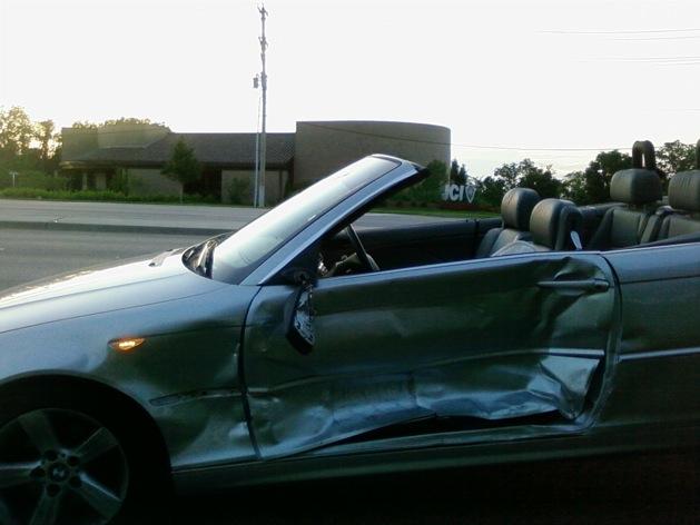 wpid-bmwaccident1-2011-10-27-21-31.jpg