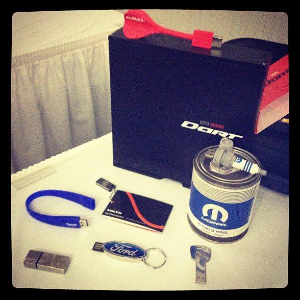 wpid-USB-Swag-NAIAS-2012-2012-03-24-22-09.jpg