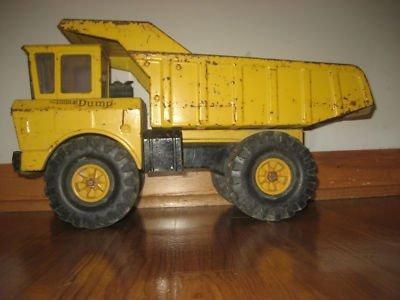 wpid-wpid-tonka-large-vintage-very-old-metal-tonka-dump-truck_320621611820-2011-02-10-01-08-2012-07-29-00-52.jpg